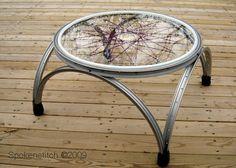 #Original #mesa hecha con #ruedas de #bicicletas  #DIY #cicling #ecología #reducir #reciclar #reutilizar vía @EITB
