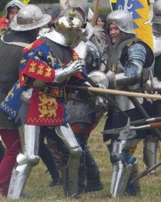 how effective was richard iii as a king from 1483 1485 essay Waged between 1455 and 1485, the wars of the roses earned its flowery name   richard of york—as great-grandson of king edward iii—had a strong  king  edward iv died in 1483 and was succeeded by his young son edward v richard .