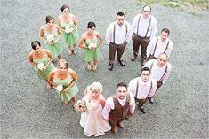 Cutest wedding photo idea: adorable wedding party picture of bride groom bridemaids & groommen
