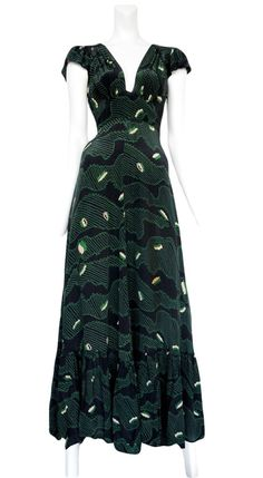 Celia Birtwell print Ossie Clark dress -i like the cut, dont like the pattern :p