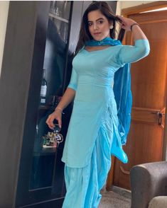Pakistani Bridal Dresses, Indian Dresses, Indian Outfits, Punjabi Dress, Punjabi Suits, Pakistani Fashion Casual, Indian Fashion, Salwar Kameez, Patiala Suit