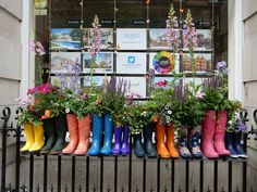 Wellies on the way to Chelsea