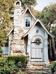 Simple and cozy... I wonder if this is what red riding hood's grandma's house looked like?