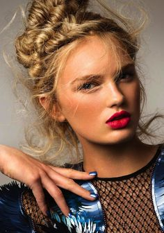 leahcultice:  Romee Strijd by Carmen Kemmink for Elle Netherlands January 2014