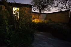 Naturaleza luz arquitectura rammed earth / tapial