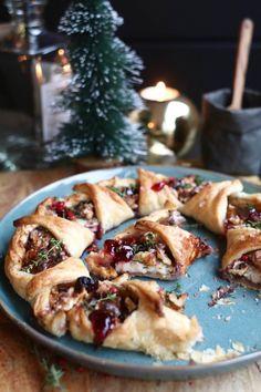 Christmas Food Treats, Good Food, Yummy Food, Savoury Baking, Buffet, Winter Food, High Tea, Appetizer Recipes, Appetizers