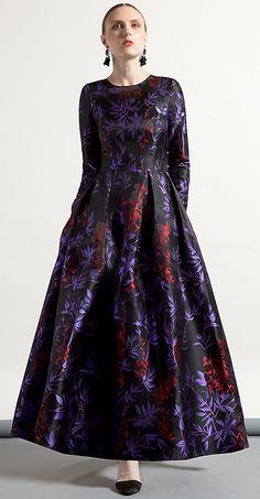 Elegant O-Neck Long Sleeve Jacquard Big Hem Maxi Dress