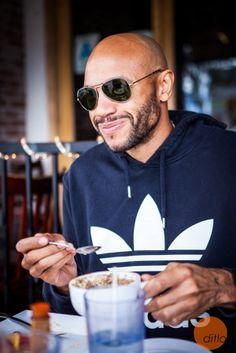 #Actor & #athlete Stephen Bishop enjoying his morning #oatmeal