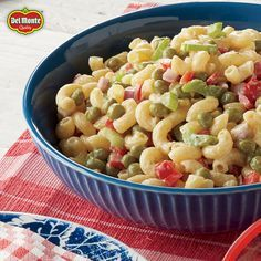Try a delicious Macaroni, Pea and Red Pepper Salad recipe from Del Monte. Quick, easy instructions make this Macaroni, Pea and Red Pepper Salad recipe a breeze. Macaroni Salad, Macaroni And Cheese, Pasta Recipes, Salad Recipes, Fresh Eats, Tasty Dishes, Side Dishes, Recipe Instructions