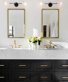 Double vanity with double mirror & lights