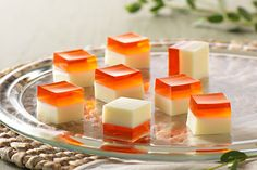 Peaches 'n Cream JIGGLERS: A classic dessert duo that's jiggling to be your newest favorite treat!