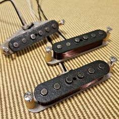 1965 Stratocaster Vintage Clone Pickups artys-custom-guitars.com Fender Vintage, Vintage Guitars, Guitar Pickups, Fender Guitars, Custom Guitars, Pick Up, Squirrel, Bass, Kit