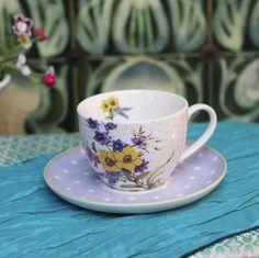 Garden Flower Tea Cup and Saucer Cute Cups, Flower Tea, Tea Cup Saucer, Tea Time, Tea Party, Orchids, Teacup, Tableware, Flowers