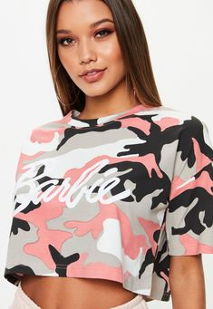 Barbie x Missguided Pink Camo Crop T-shirt Barbie Crop Top, Crop Top Shirts, Crop Tops, Barbie Tumblr, Pink Camo, Feminine Style, Aesthetic Clothes, Body, Pink Ladies