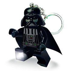 Llavero linterna de Darth Vader LEGO.