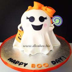 Halloween cake (girly ghost cake)