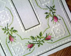 Exellently well done vintage handmade crossstitch/ flat-seam embroidery cootton table-cloth runner with pink/ green rosebud motive Cross Stitch Borders, Cross Stitch Designs, Cross Stitch Patterns, Cross Stitch Embroidery, Hand Embroidery, Easter Flowers, Linen Tablecloth, Bargello, Chain Stitch