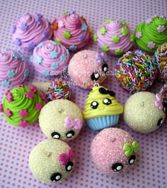 Chaveiros Delicias por Sonho Doce Biscuit * Vania.Luzz *, a través de Flickr