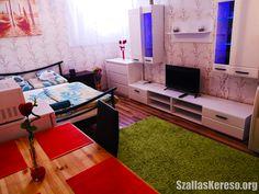 Csillag Apartman Turntable, Corner Desk, Furniture, Home Decor, Corner Table, Record Player, Decoration Home, Room Decor, Home Furnishings