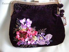 Gallery.ru / Фото #32 - Мои сумочки. - Valehcia Embroidery Purse, Silk Ribbon Embroidery, Sewing Patterns, Crochet Patterns, Frame Purse, Diy Purse, Ribbon Art, Vintage Purses, Fabric Flowers