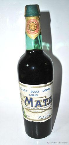 BOTELLA DE VINO DE MÁLAGA DULCE COLOR AÑEJO COMPAÑÍA MATA UNIÓN BODEGAS ANDALUZAS S.A. (Coleccionismos - Vinos, Licores y Aguardientes)