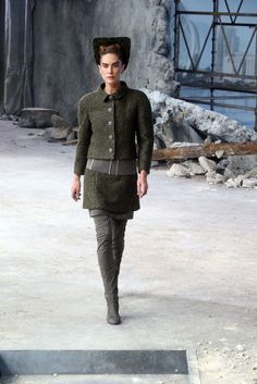 Menswear Fabrics Model Erin Wasson walks the runway during Chanel show as part of Paris Fashion Week Haute-Couture Fall/Winter 2013-2014 at Grand Palais on July 2, 2013 in Paris, France. (Photo by Michel Dufour/WireImage)