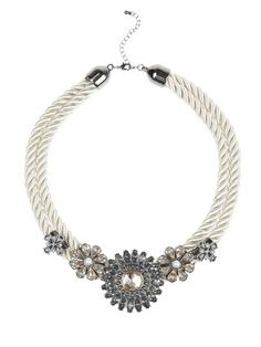 NEW PICTURES New Primark jewellery: Shop gold and silver look winter fashion items - photos