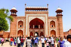 mais alguns metros e veremos o Taj Mahal