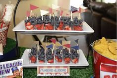 Blueberry/Strawberry Fruit cups