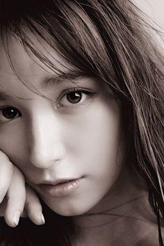 トラウデン直美 Cute Asian Girls, Japanese Beauty, Interesting Faces, Senior Portraits, Beautiful Women, Actresses, Pretty, Venus, Style