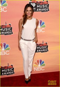 Pia Toscano - iHeartRadio Music Awards 2014 |
