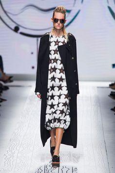MaxMara at Milan Fashion Week Spring 2016 - Livingly