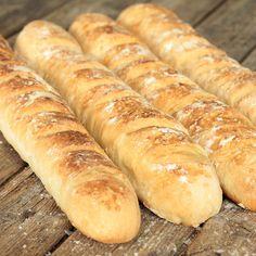 Lyxiga bröd med en frasig skorpa och luftigt innanmäte.