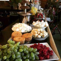 Muskoka Resorts - Ontario Resorts - Northridge Inn & Resort Wedding Order, Great Friends, Resorts, Ontario, Table Decorations, Photos, Food, Pictures, Vacation Resorts