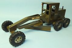 VINTAGE 1960′s TONKA ARMY ROAD GRADER GR2-2431 PRESSED STEEL MILITARY TOY | Toys of Times Past