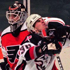 he just ran into my arm I swear! Flyers Hockey, Hockey Goalie, Hockey Players, Ice Hockey, Lord Stanley Cup, Sports Personality, Hockey Stuff, All Team, Philadelphia Flyers