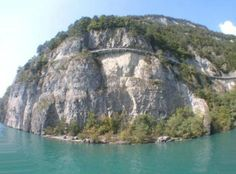 Thunersee Road https://www.facebook.com/clubautozone