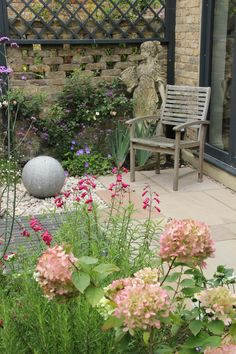 Urban Garden Design Enfield courtyard garden with planting, stone globe water feature and statue by Amanda Broughton Garden Design. Terrace Garden, Garden Spaces, Small Terrace, Small Cottage Garden Ideas, Garden Signs, Colorful Garden, Backyard Landscaping, Backyard Ideas, Landscaping Ideas