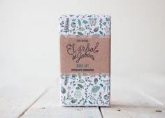 Jabón Wake Up hecho y empaquetado a mano con karité y aceites esenciales de menta, hierbabuena y eucalipto //  Handmade Natural Soap. Mint, eucaliptus, shea butter. Cosmética natural.