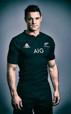 Dan Carter of New Zealand poses for a portrait during the adidas All Blacks… All Blacks Rugby, Maori All Blacks, Rugby Sport, Rugby Men, Daniel Carter, Canterbury Crusaders, Jerome Kaino, Rugby Union Teams, Watch Rugby