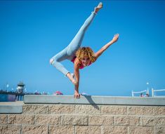 Pin by jordan strahan on sofie dossi in 2019 sofie dossi gymnastics contortionist - Sofie dossi gymnastics ...