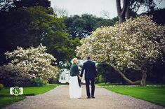 A beautiful elopement at Fota House, a regency period manor house contact us if you are considering something similar for your elopement. Perhaps a Castle or something on the Wild Atlantic Way.