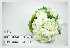 JFLA Artificial Flower Diploma Class.Wedding Round Bouquet.アーティフィシャルフラワー認定資格取得クラスで学ぶラウンドブーケです。細かな色使い、ワイヤリングテクニックを習得します。