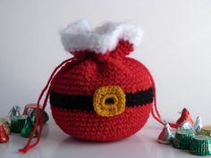 10 Christmas Gift Sack Bag Free Crochet Pattern Santa Sack Favor Bag Free Crochet Pattern Learn the Bag Crochet, Crochet Santa, Crochet Gifts, Crochet Baby, Free Crochet, Crochet Christmas Gifts, Christmas Crochet Patterns, Crochet Blanket Patterns, Christmas Deco