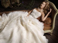 Lazaro 3100 The Bridal Collection. A-line. Ruffle Bottom. Sweetheart neckline. Lace Bodice.
