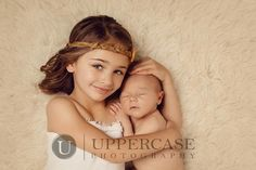 this is one of the sweetest new baby pictures I've ever seen Newborn Sibling Pictures, Newborn Poses, Maternity Pictures, Pregnancy Photos, Newborn Shoot, Newborns, New Baby Pictures, Baby Girl Photos, Sibling Photography