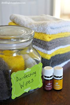 Homemade Cleaners with Essential Oils – Cleaning That Smells Great Deep Cleaning Tips, House Cleaning Tips, Green Cleaning, Natural Cleaning Products, Spring Cleaning, Cleaning Hacks, Diy Hacks, Diy Cleaning Wipes, Cleaning Spray