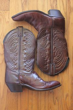 Vintage 80's Dark Chestnut Brown Cowboy Boots by Laredo, size 8 Country Girl Boots, Country Girls, Brown Cowboy Boots, Pairs, Heels, How To Wear, Accessories, Vintage, Etsy