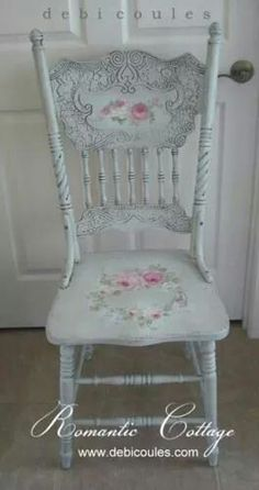 paint those darling chairs from Gaile!