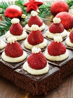 Christmas Tea More More from my site Strawberry Santas – How to Make a Santa Strawberry with Video Tutorial Christmas Tree Brownies With Candy Cane Trunks Mickey Mouse Santa Hat Cupcakes Santa Hat Cookie Cups Santa Hat Cupcakes Santa Hat Jell-O Shots Christmas Tea Party, Christmas Deserts, Holiday Desserts, Holiday Baking, Holiday Recipes, Christmas Brownies, Santa Christmas, Christmas Chocolate, Holiday Treats